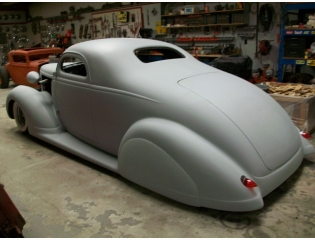1937 Nash Lafayette Coupe Wallpaper