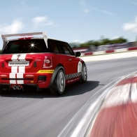 2008 Mini Challenge Rear Angle Speed Wallpaper