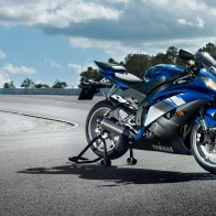 2009 Yamaha Yzf R6 Wide Wallpapers
