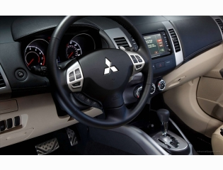 2010 Mitsubishi Outlander Gt Interior Hd Wallpapers