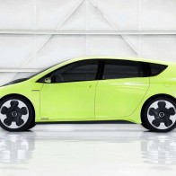 2010 Toyota Ft Ch Concept Car Wallpapers