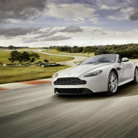 2011 Aston Martin V8 Vantage S 2 Wallpapers