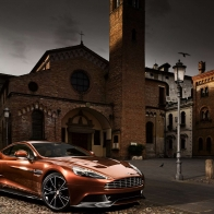 2013 Aston Martin Vanquish Wallpapers