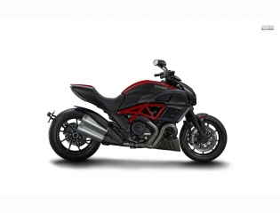 2013 Ducati Diavel Carbon Wallpaper