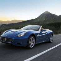 2013 Ferrari California Hd Wallpapers