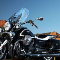 2013 Moto Guzzi California 1400 Touring Wallpaper