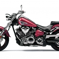 2013 Yamaha Raider S Red