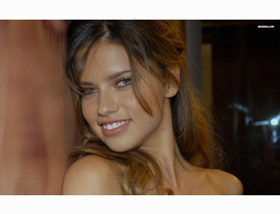 Adriana Lima 35 Wallpapers