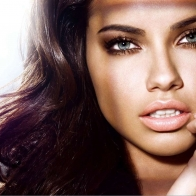 Adriana Lima Brazil Model Wallpaper Wallpapers