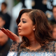 Aishwarya Rai 01 Wallpapers