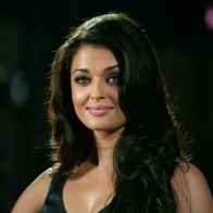 Aishwarya Rai Black Saree Wallpapers
