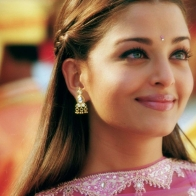 Aishwarya Rai In Pink Dress