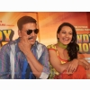 Akshay Kumar Funny And Sonakshi Sinha In Rowdy Rathore Wallpapers