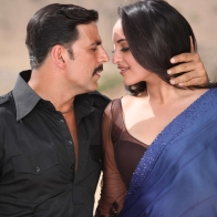 Akshay Kumar Sonakshi Sinha Wallpapers