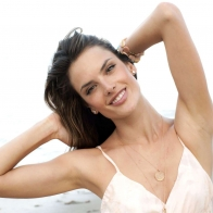 Alessandra Ambrosio 15 Wallpapers