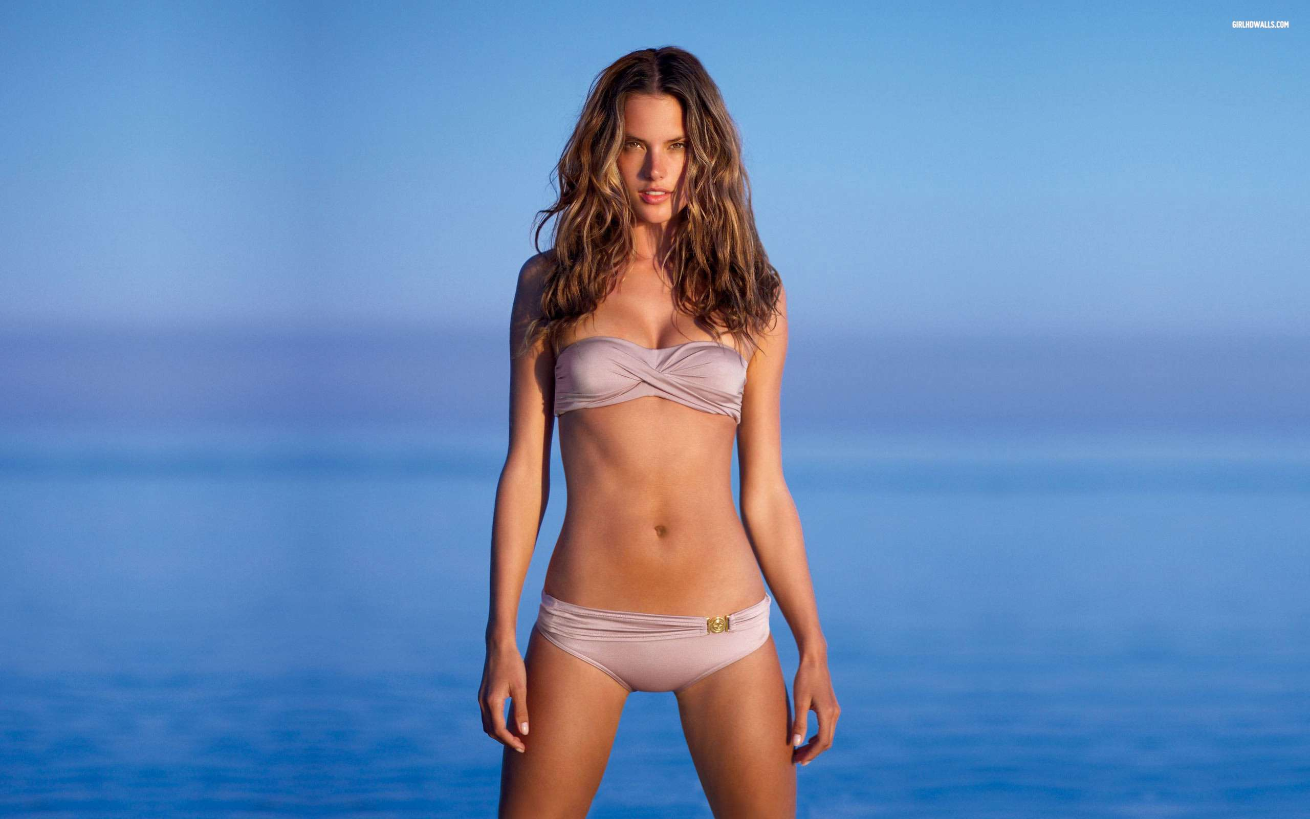 Alessandra Ambrosio 25 Wallpapers