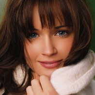 Alexis Bledel Natural Beauty Wallpaper Wallpapers