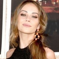 Alexis Dziena 5 Wallpapers