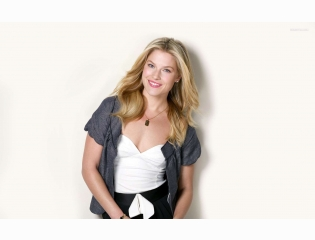Ali Larter 6 Wallpapers