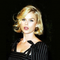 Alice Eve 2 Wallpapers