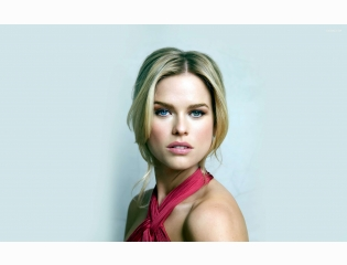 Alice Eve 4 Wallpapers