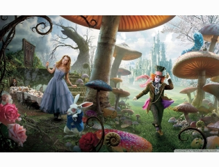 Alice In Wonderland Movie 2 Wallpaper