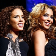 Alicia Keys And Beyonce Wallpaper
