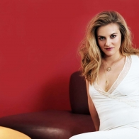 Alicia Silverstone 5 Wallpapers