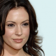 Alyssa Milano Wallpaper 03 Wallpapers