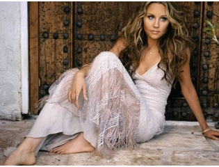 Amanda Bynes Wallpaper Wallpapers