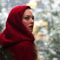 Amanda Seyfried In Red Riding Hood Wallpapers