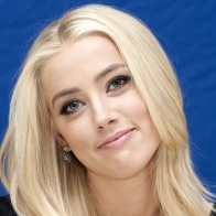 Amber Heard 8 Wallpapers