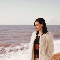 Amy Macdonald At The Sea Wallpaper Wallpapers
