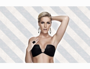 Ana Hickmann 16 Wallpapers