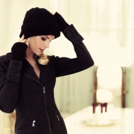 Ana Hickmann Winter Clothes Wallpaper Wallpapers