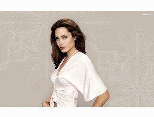 Angelina Jolie 1 Wallpapers