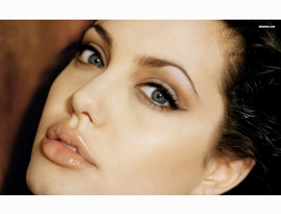Angelina Jolie 9 Wallpapers