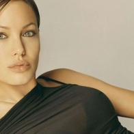 Angelina Jolie Wallpaper 01 Wallpapers