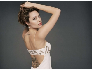 Angelina Jolies Tattoo Wallpaper