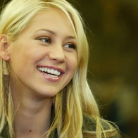 Anna Kournikova Wallpaper 01 Wallpapers