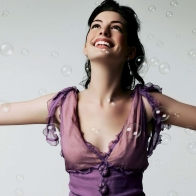 Anne Hathaway 10 Wallpapers