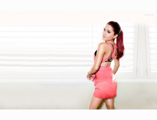 Ariana Grande 3 Wallpapers