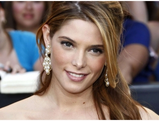 Ashley Greene Smile Wallpaper Wallpapers