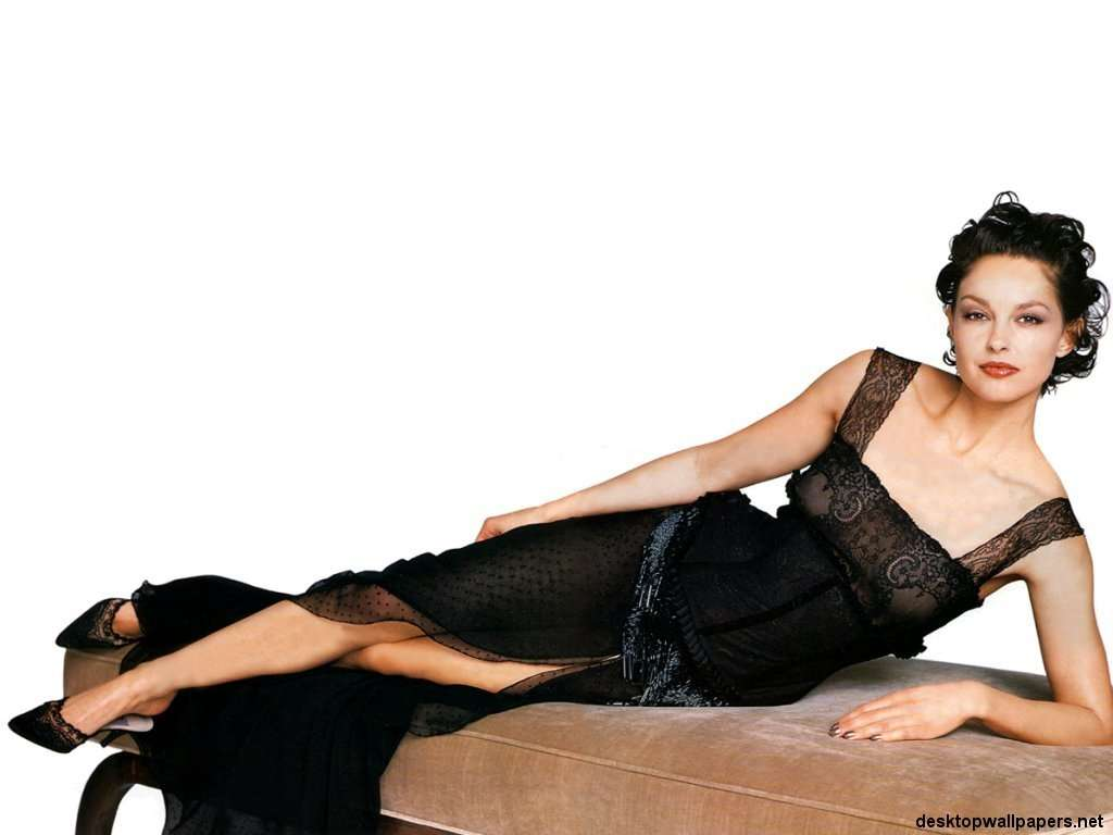 Ashley Judd Wallpaper Hd Wallpapers