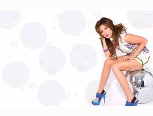 Ashley Tisdale 1 Wallpapers
