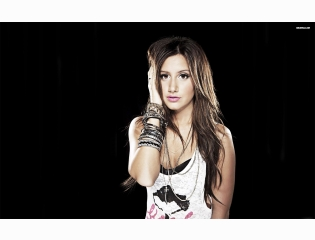 Ashley Tisdale 17 Wallpapers