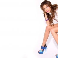 Ashley Tisdale Brown Hair Wallpaper