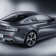 Aston Martin V12 Vantage 3 Wallpapers