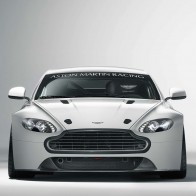 Aston Martin Vantage Gt4 2 Wallpapers