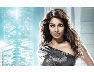 Bipasha Basu 3 Wallpapers